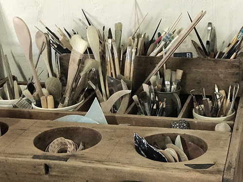 Artist tools and brushes